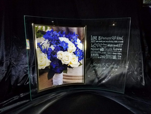 "Personalized Engraved 8"" x 10"" Curved Glass Picture Frame"
