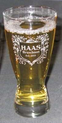 Hourglass Engraved Pilsner